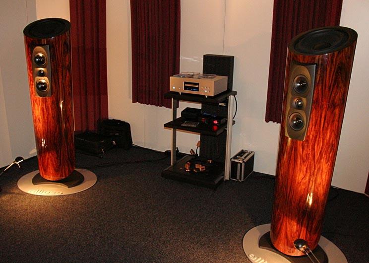 high end 2008 frank. Black Bedroom Furniture Sets. Home Design Ideas
